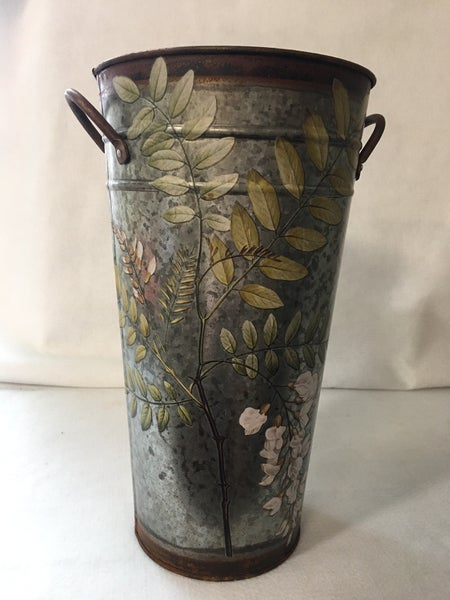Floral bucket with transfer