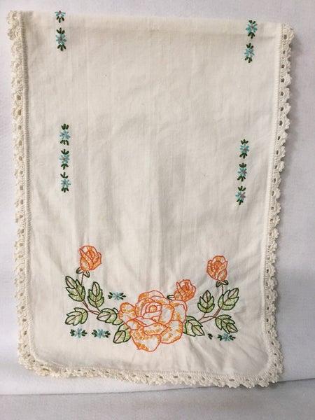 Vintage dresser scarf, Roses & forget me nots
