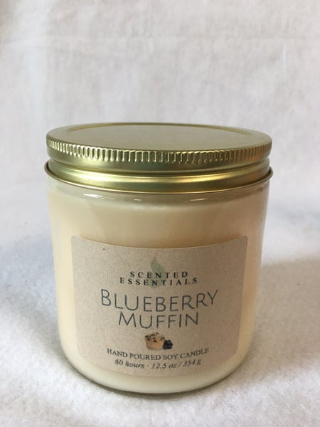 Blueberry muffin candle from Scented Essentials