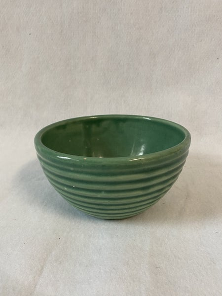 Green beehive or ring ware bowl