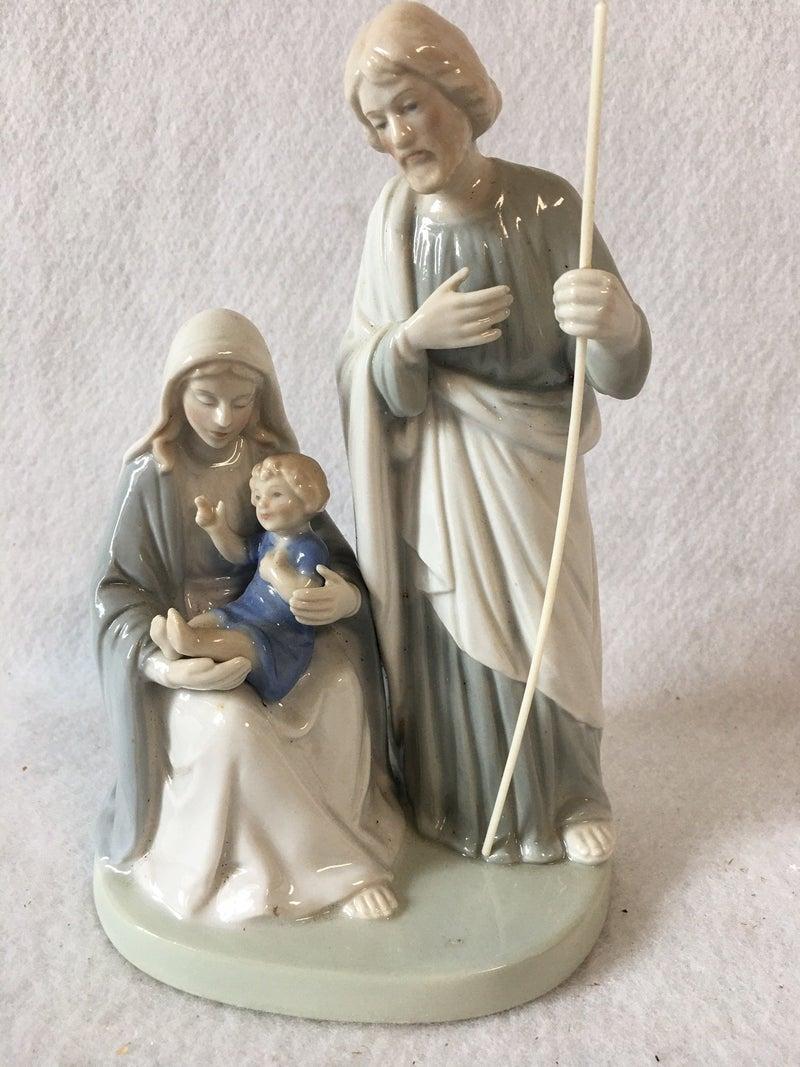 "7"" ceramic nativity"