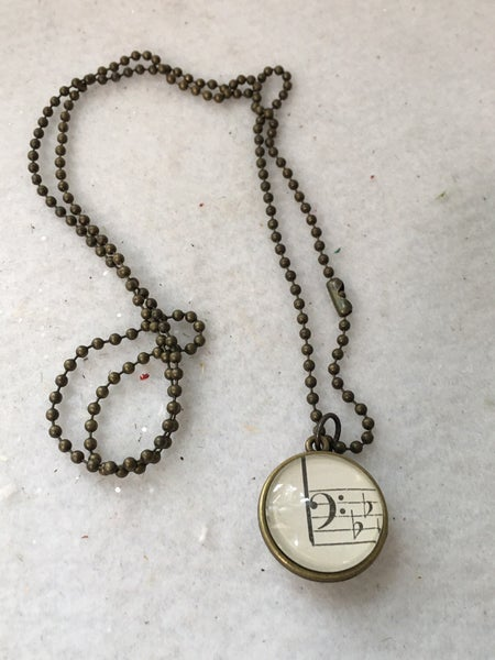 Necklace with bass & treble clef