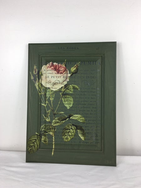 Floral wooden wall hanging