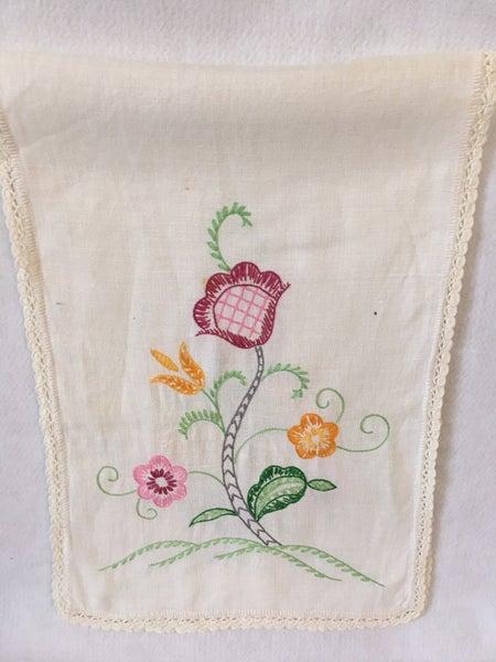 Embroidered dresser scarf pink & orange