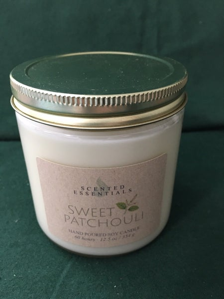 Scented Essentials Patchouli candle
