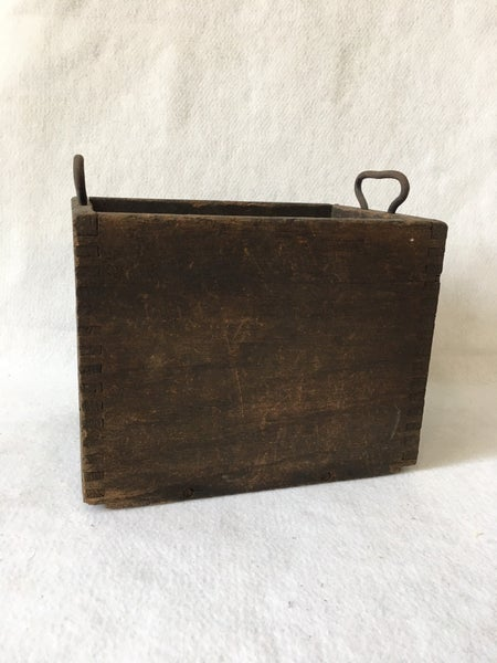 Vintage dovetail box with metal handles