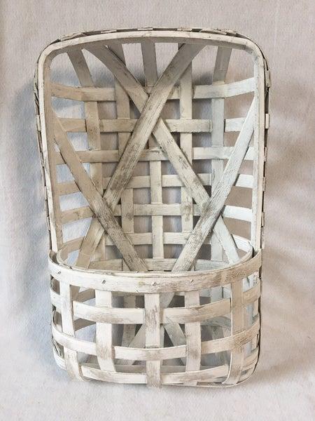 White woven tobacco basket