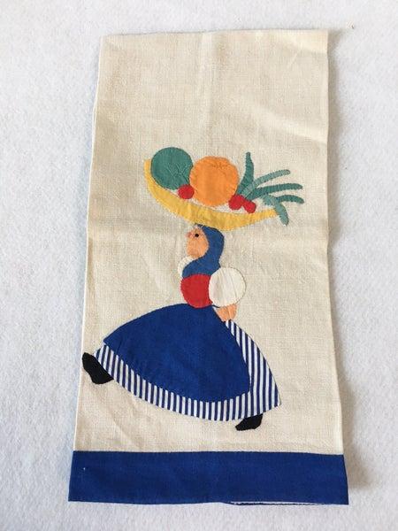 Vintage linen tea towel w/colorful applique