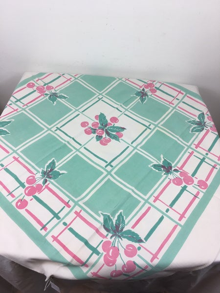 Green & pink tablecloth