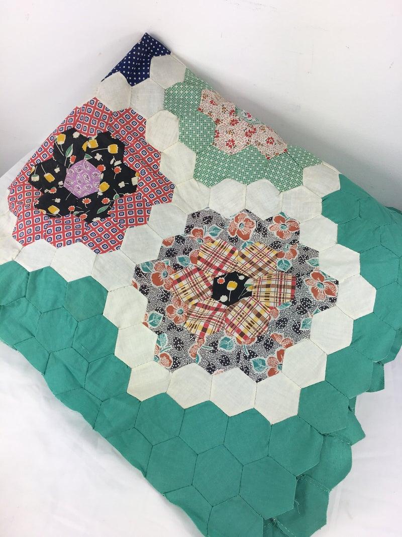 "Quilt top ""Grandmother's flower garden"" pattern"