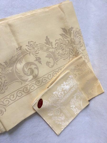 Yellow damask tablecloth & 2 napkins