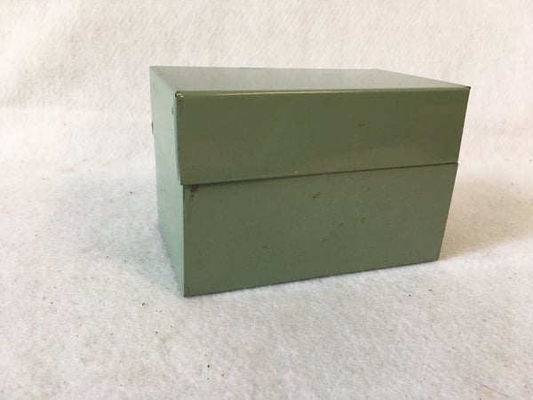 Vintage recipe card box with blank cards