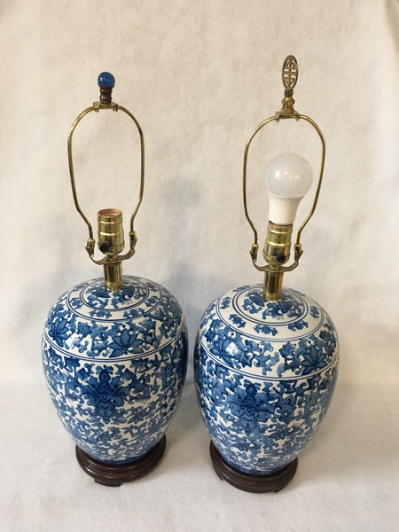 Blue urn style lamps without shades