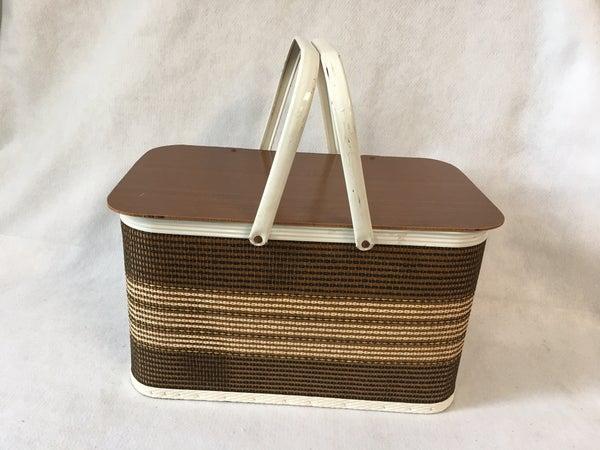 Redmon hinged lid woven picnic basket