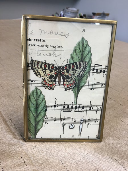 """New brass 4"""" xx 6"""" frame w/butterfly"""