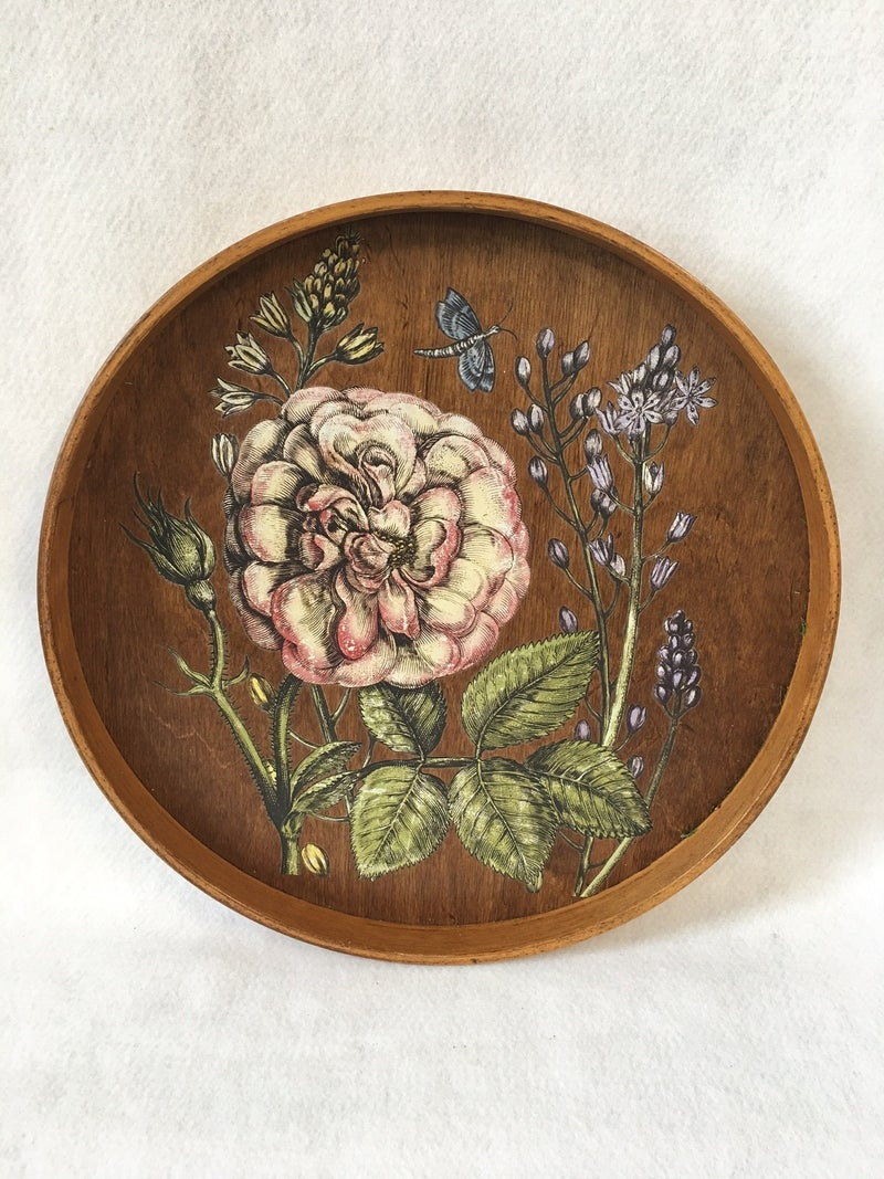 Vintage round wooden tray with transfer