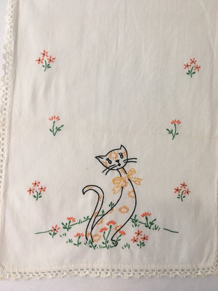 Vintage dresser scarf with cats