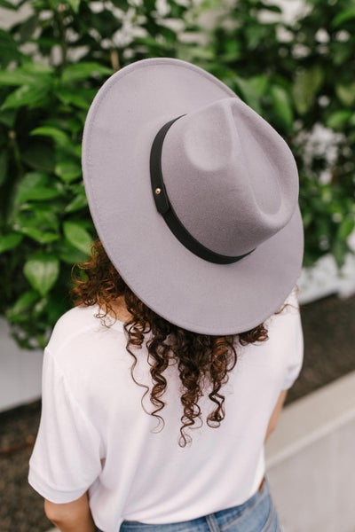 Sun's Out Hat in Grey