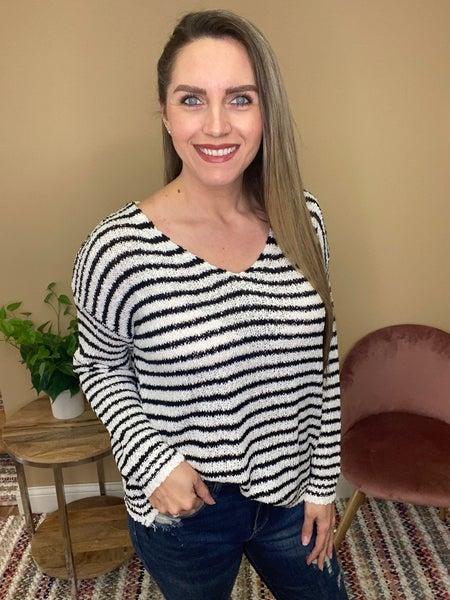 Millie Lightweight Pullover Sweater - Black
