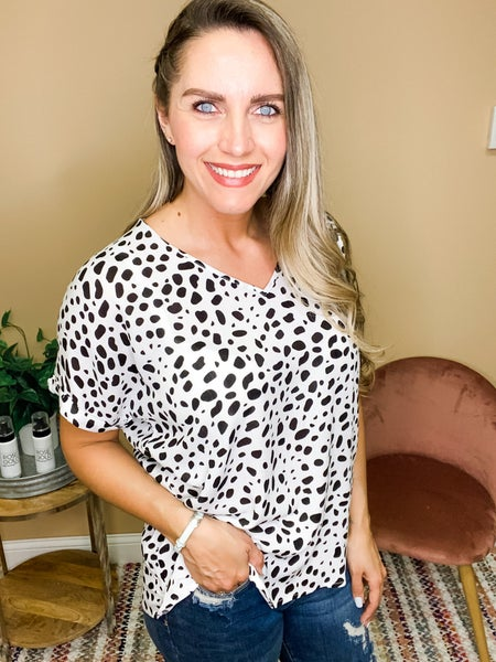 Emery Spotted Dot V Neck Short Sleeve Top
