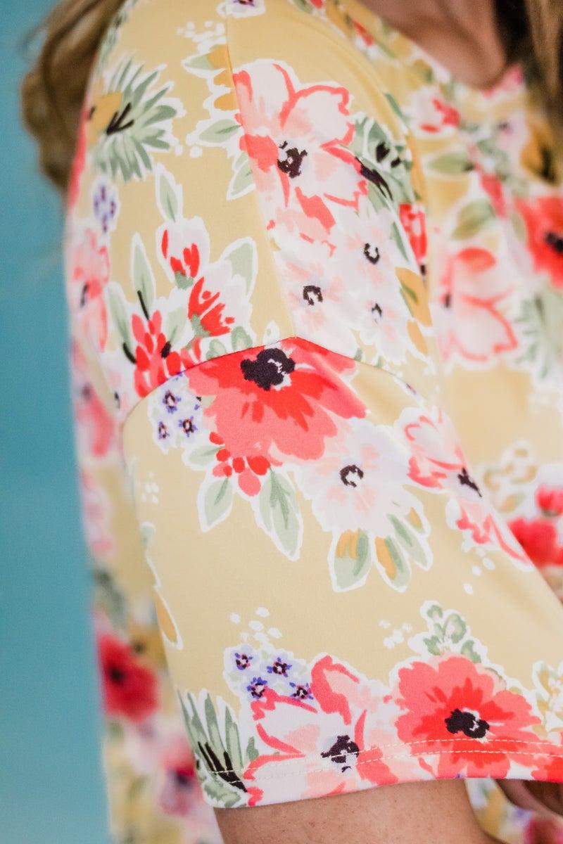 ~Short Sleeve Floral Top