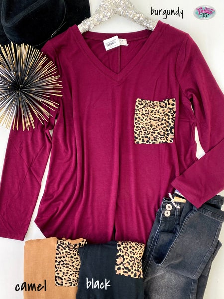 .Plus Solid V Neck with Animal Print Pocket