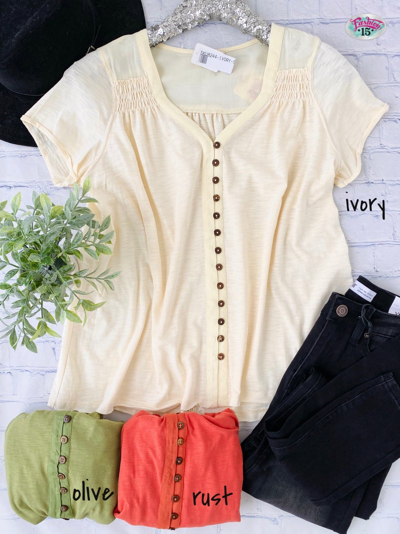 Solid Button Top