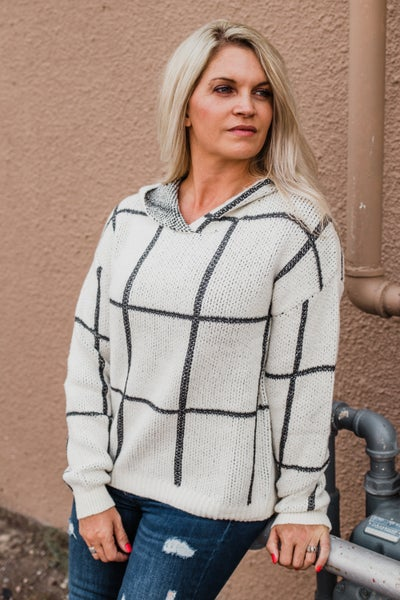 .Ivory & Charcoal Pullover w/ Hood