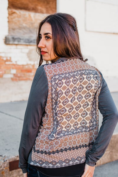.Slate Top w/ Patterned Back