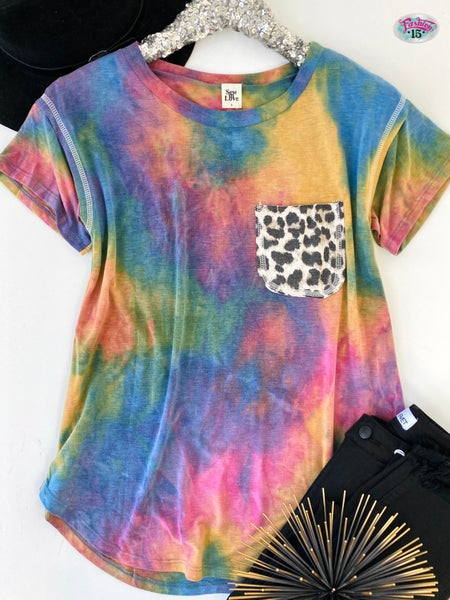 .Tye Dye Top w/ Animal Print Pocket