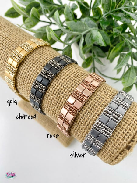 .Metallic Thread Tie Bracelet