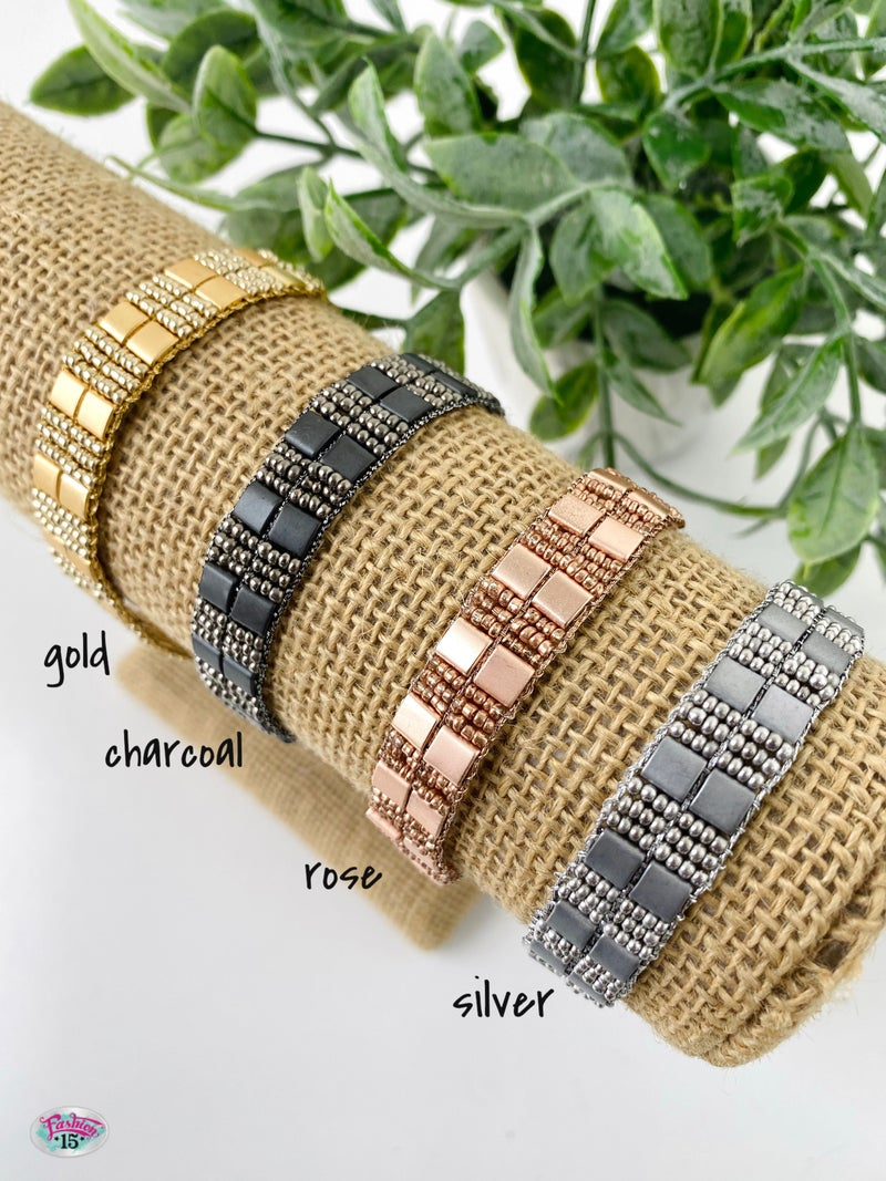 .Metallic Thread Tie Bracelet