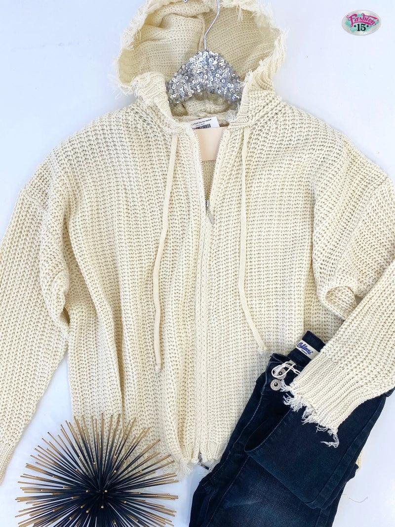 .Cream Knit Zip-Up Jacket