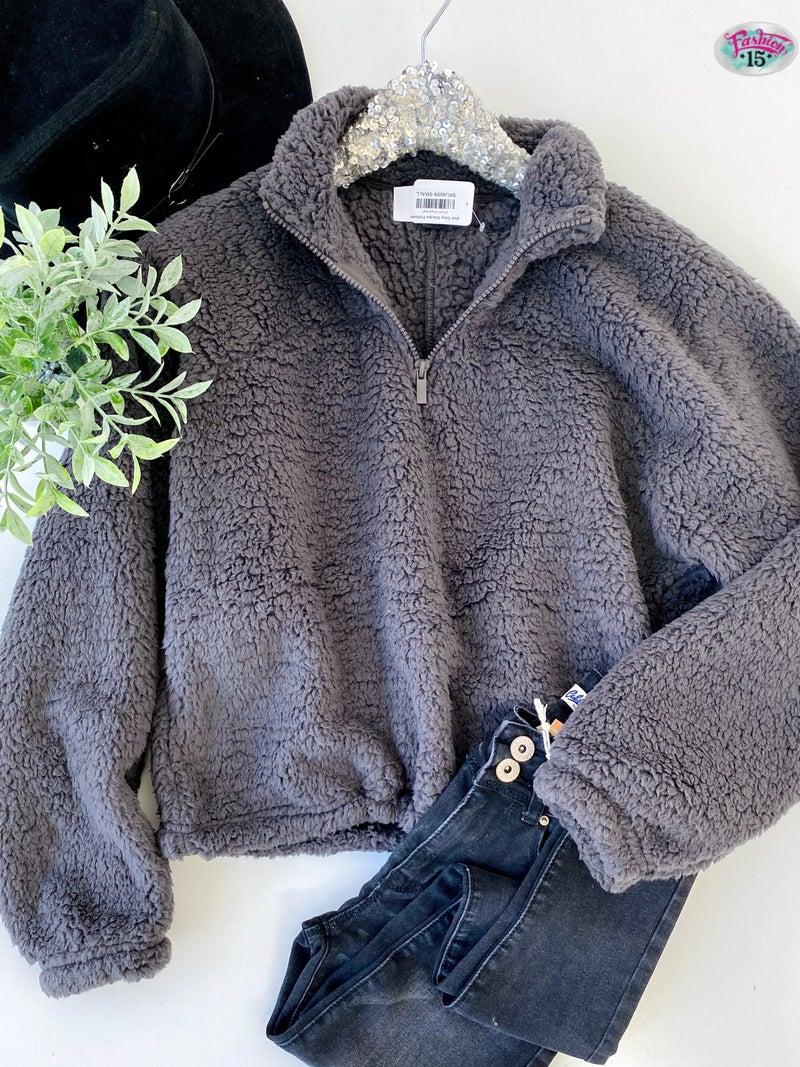 .Ash Grey Sherpa Pullover