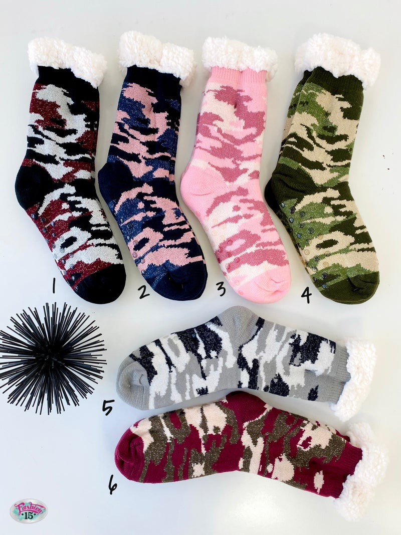 Fuzzy Camo Winter Slipper Socks