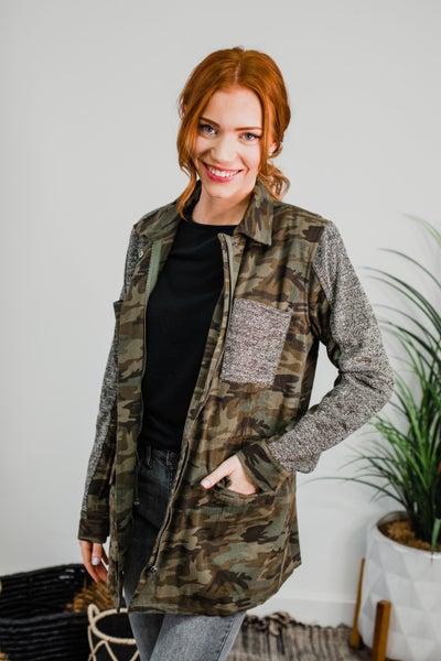 .Camo Jacket w/ Faux Fur Lining