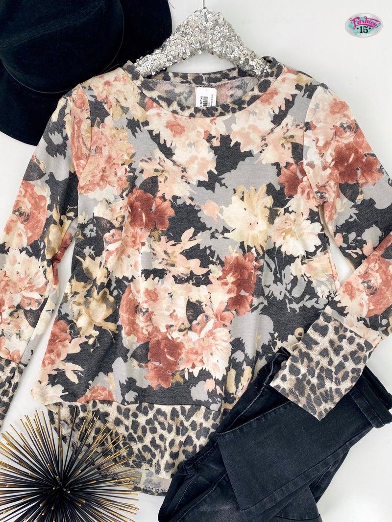 .Grey & Rose Floral Print Top