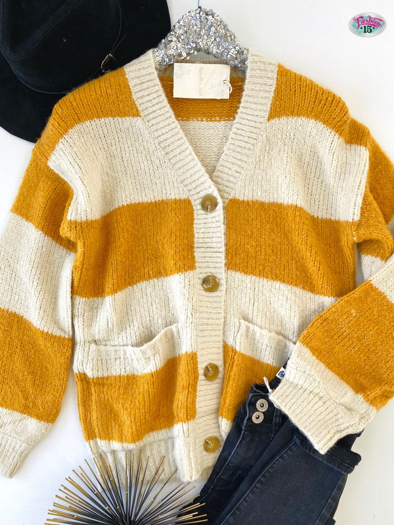 .Mustard & Cream Color Block Sweater