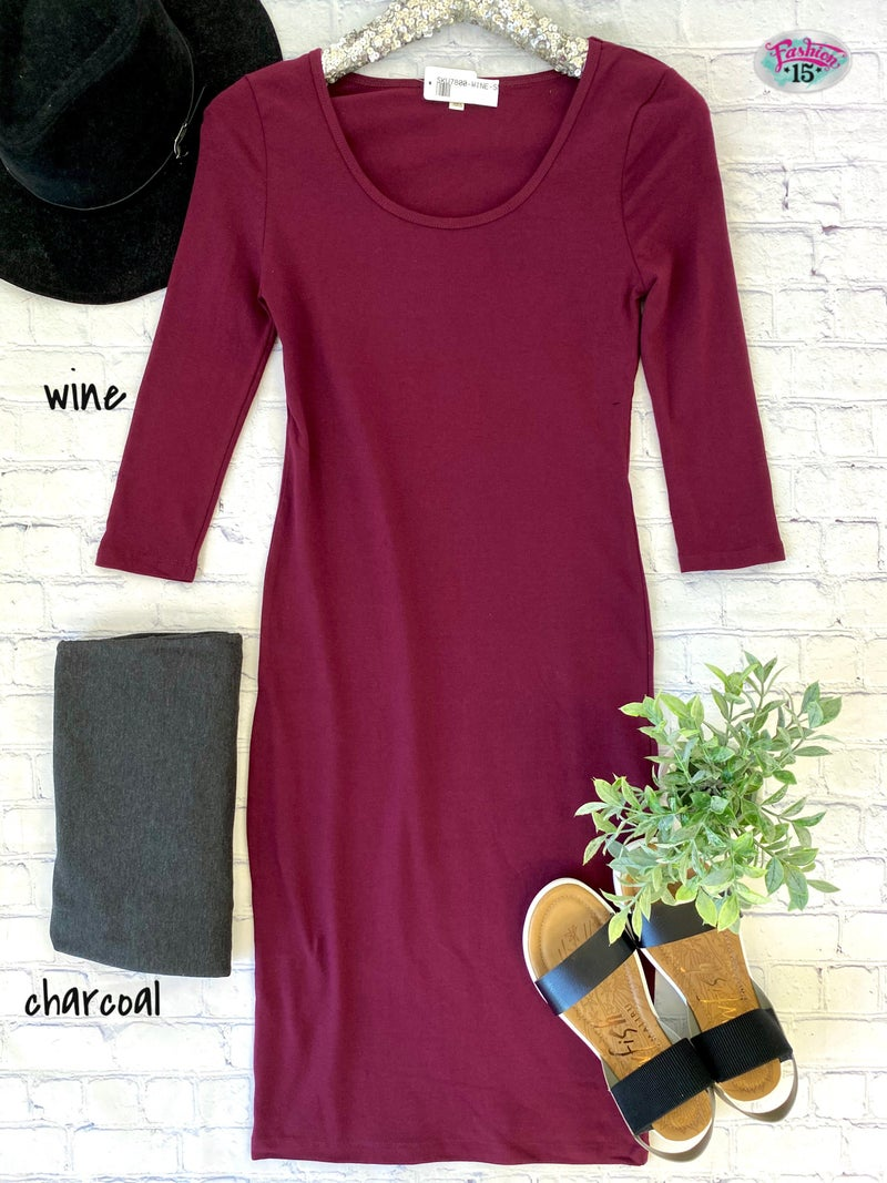 .Solid Sheath Dress
