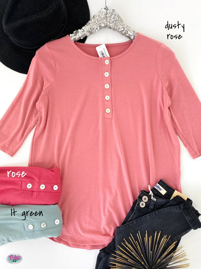 .Solid Top w/ Shell Buttons