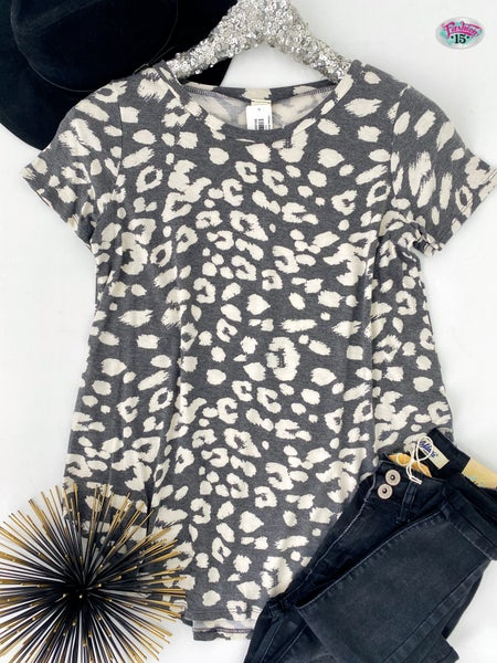 ~.Grey Animal Print Top