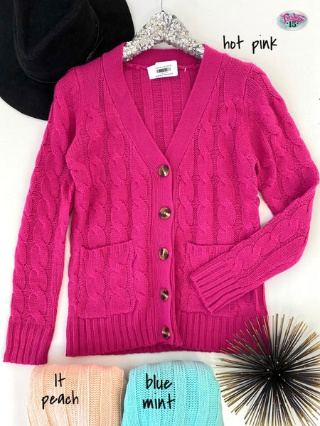 .Knit Cardigan w/ Buttons
