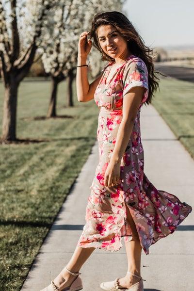 Floral Print Dress w/ V-Neck *Final Sale*