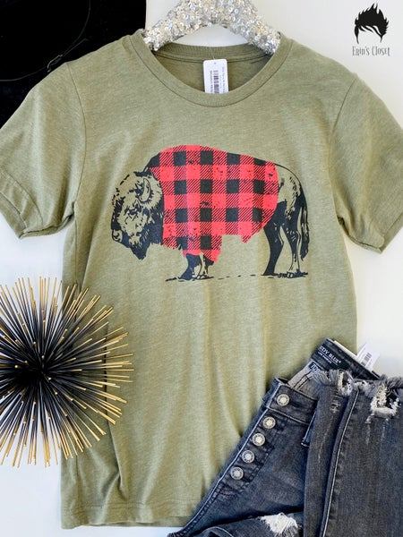 .*Erin's Closet* Olive Top w/ Buffalo Graphic *Final Sale*