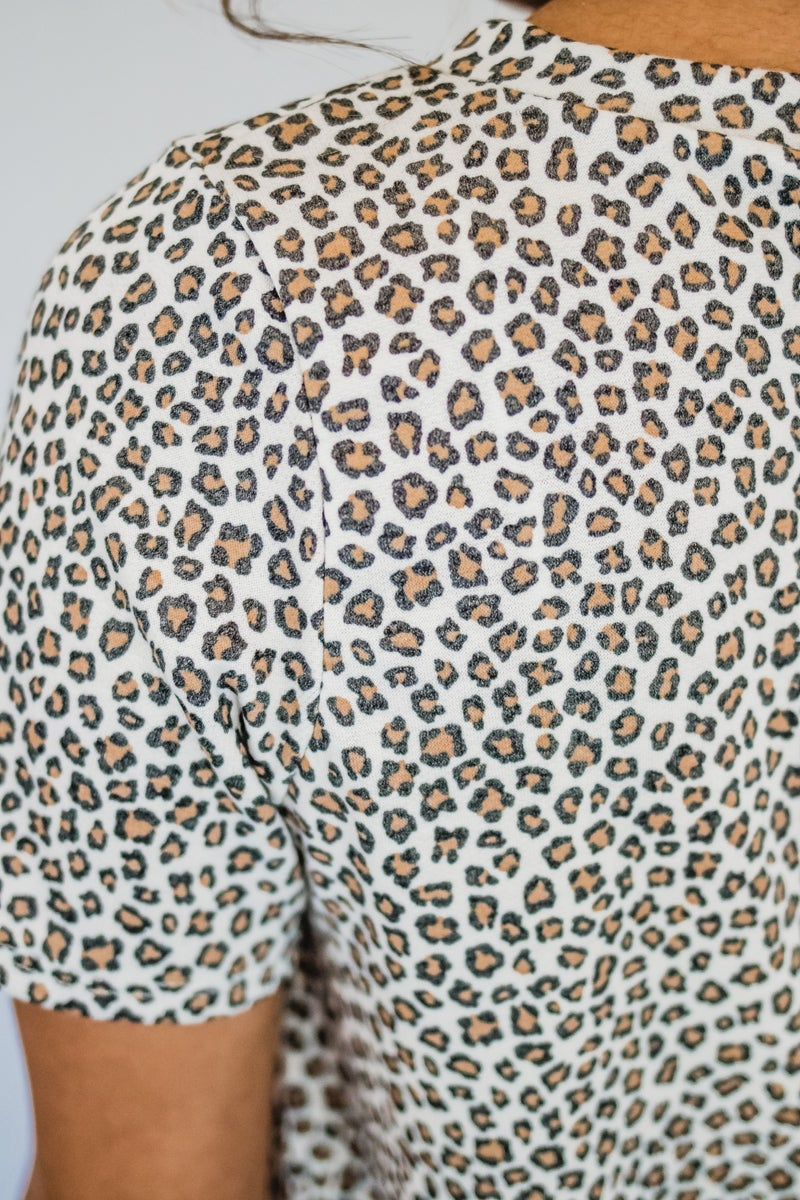 ~Short Sleeve Animal Print Top