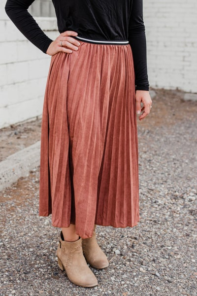 .Super Soft Dusty Rose Pleated Skirt