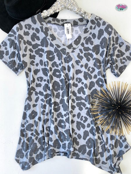 .Grey Animal Print V-Neck Top