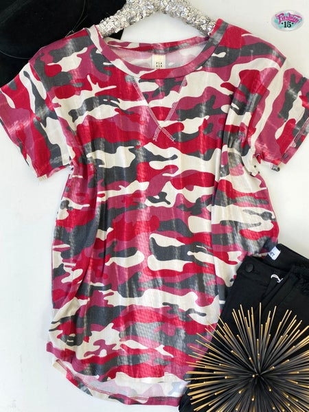 .Super Soft Pink Camo Print Top