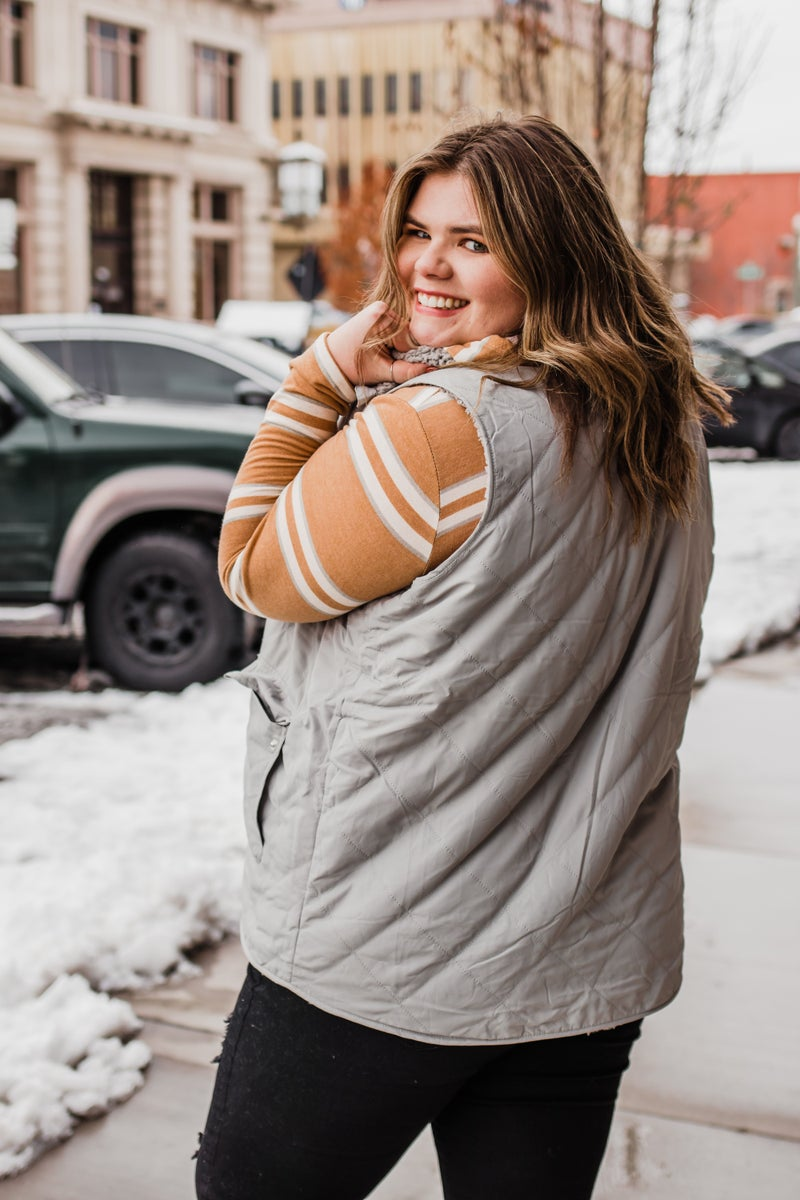 .Reversible Sherpa Vest