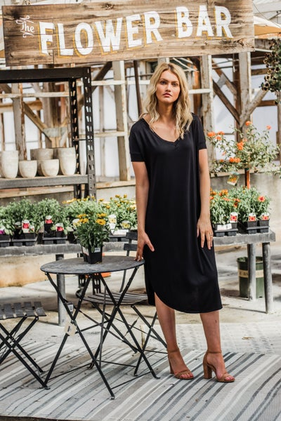 Black V-Neck Short Sleeve Round Hem Dress